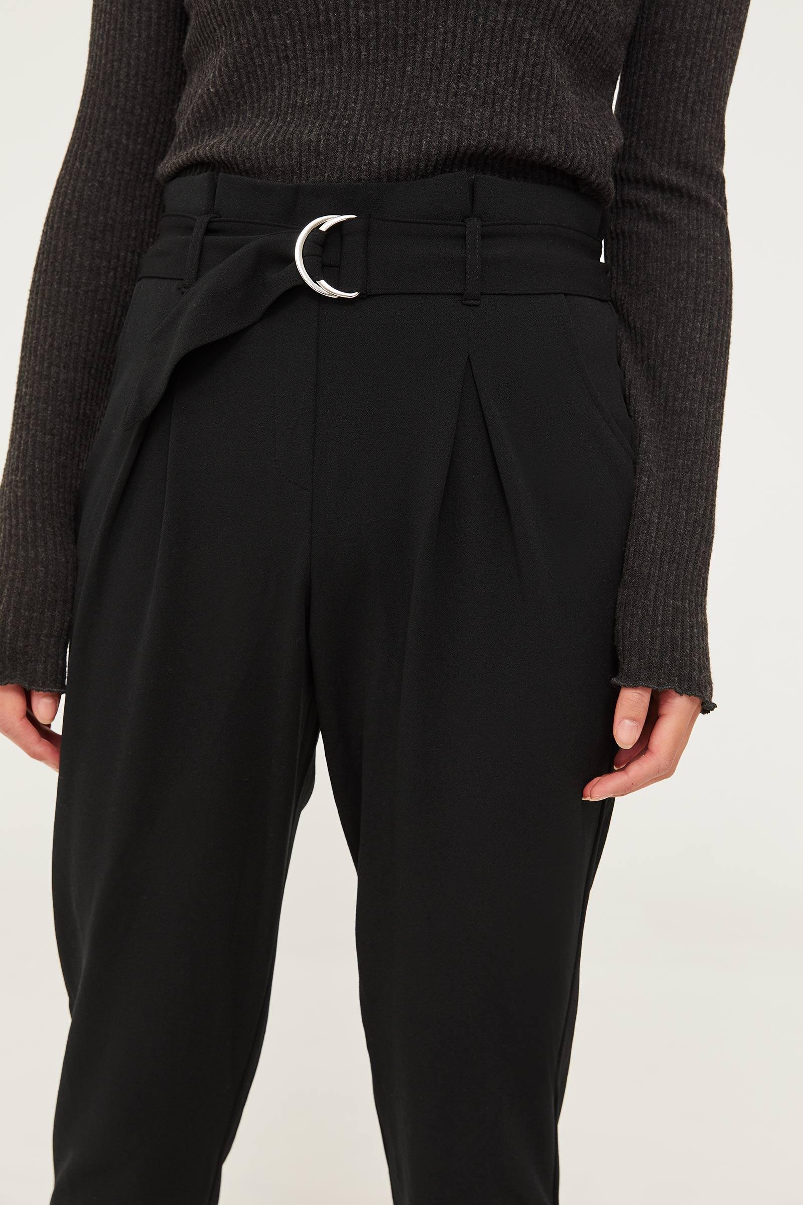 Pantalon à taille plissée en crêpe