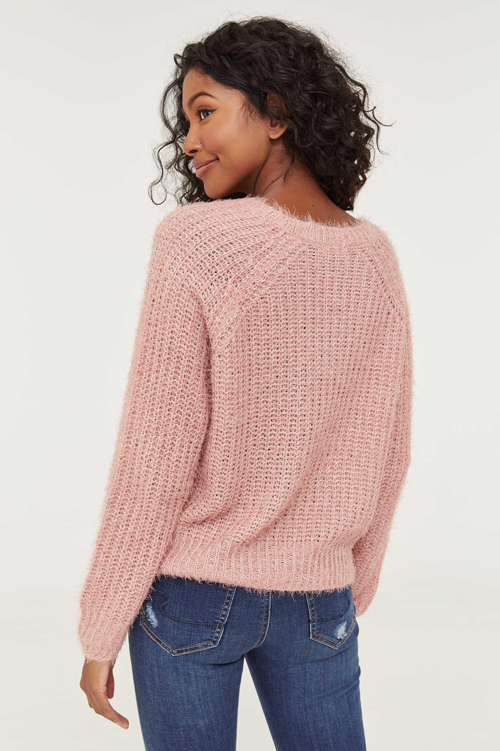 Chandail en tricot pelucheux