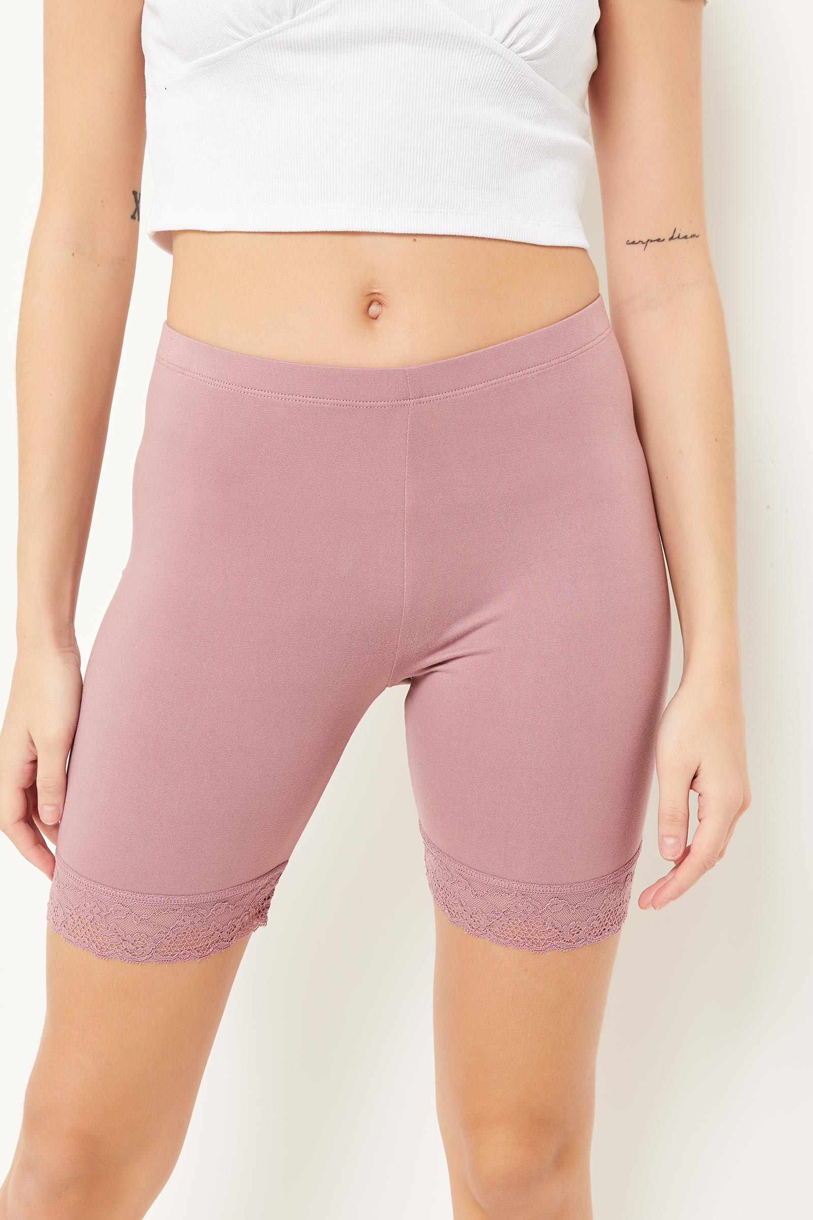 Basic Biker Shorts with Lace Hem