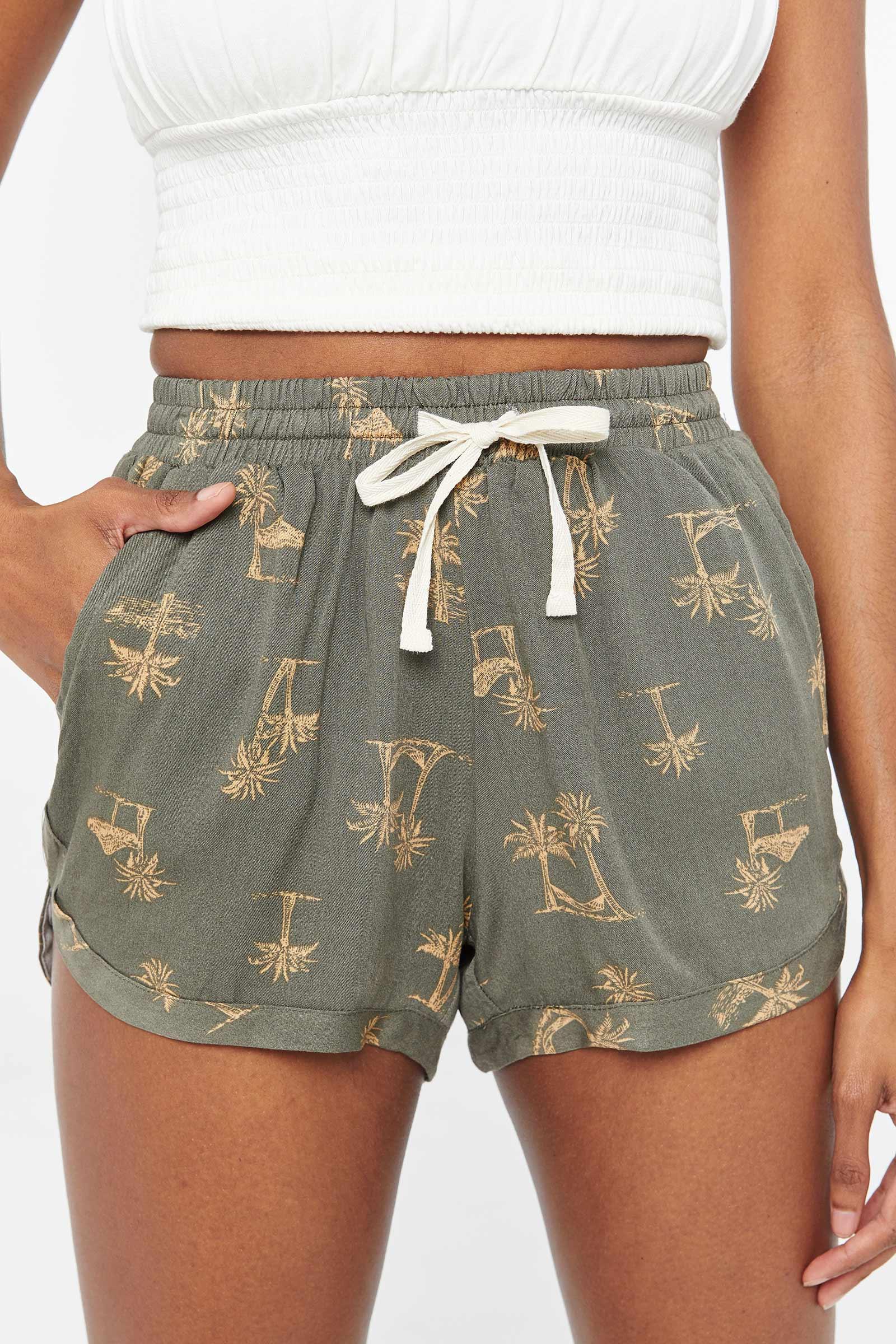 Short à palmiers