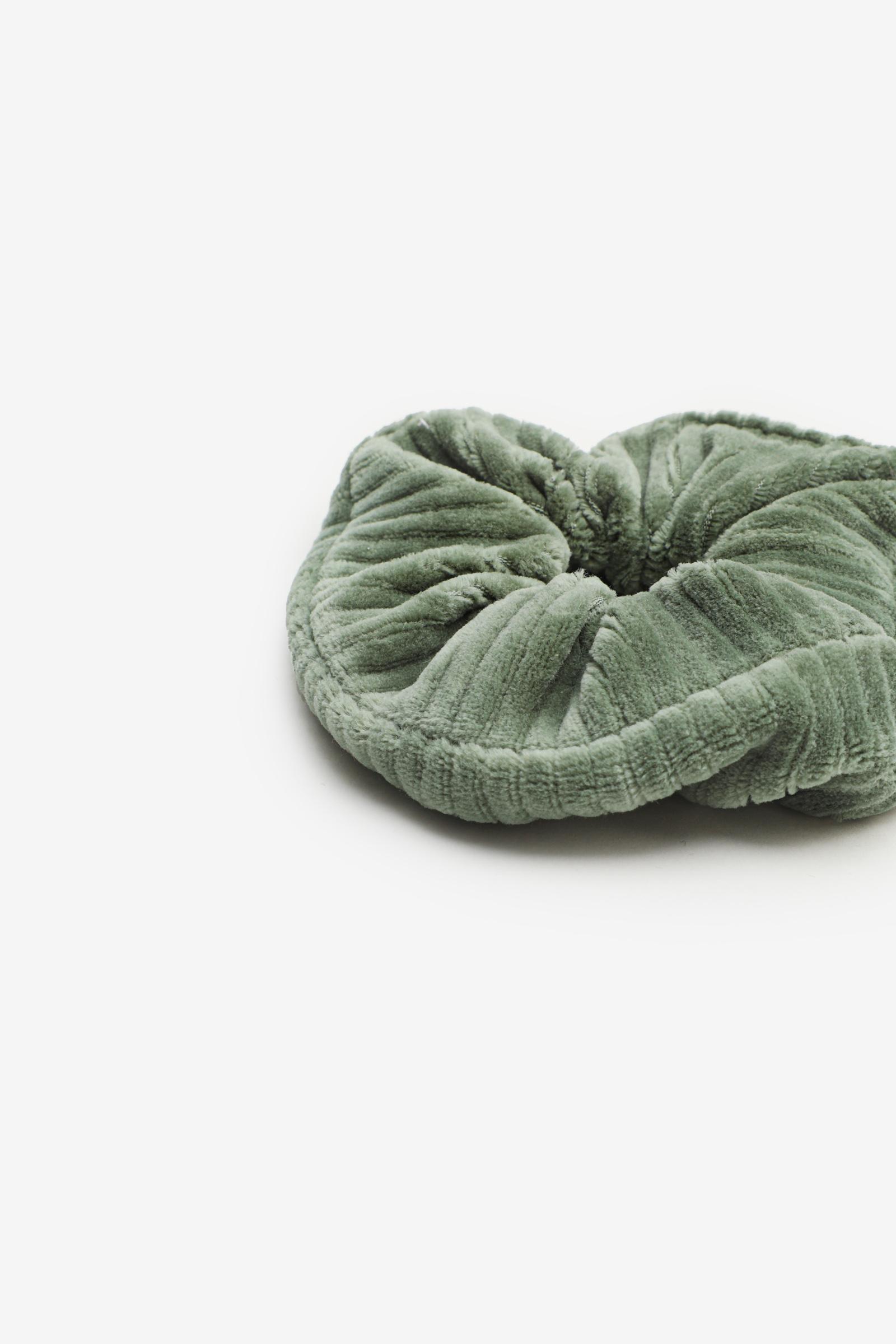 Fuzzy Ribbed Scrunchie