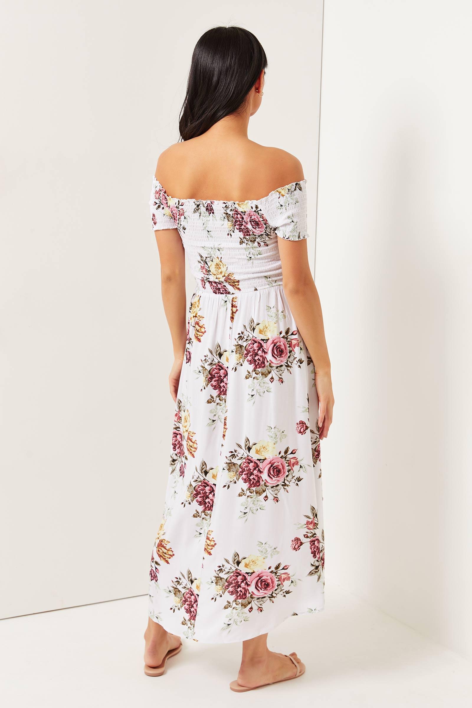 Robe Bardot fleurie à ourlet asymétrique