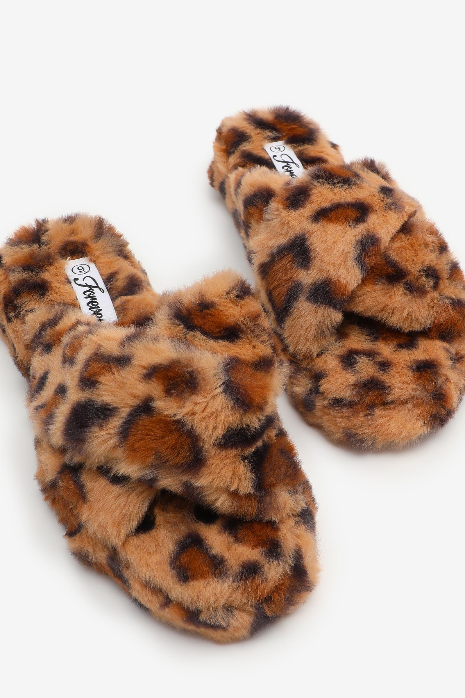 Leopard Crissrossed Faux Fur Slippers