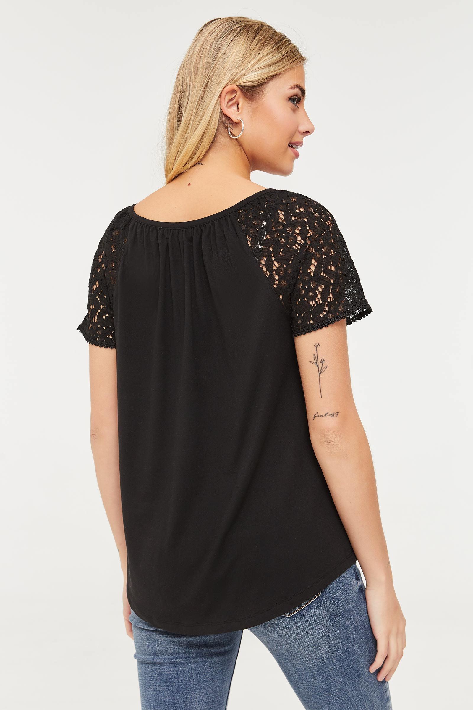 Soft Lace Sleeve Blouse