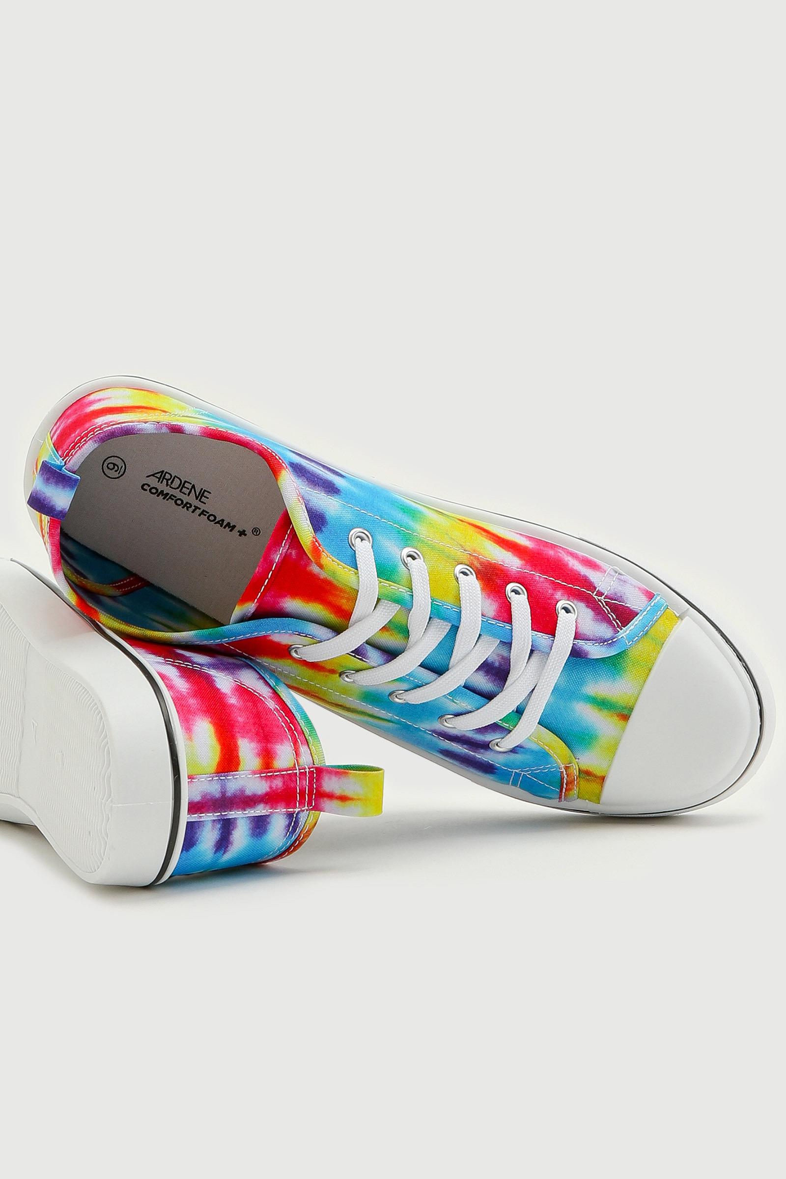 Basic Tie-Dye Sneakers