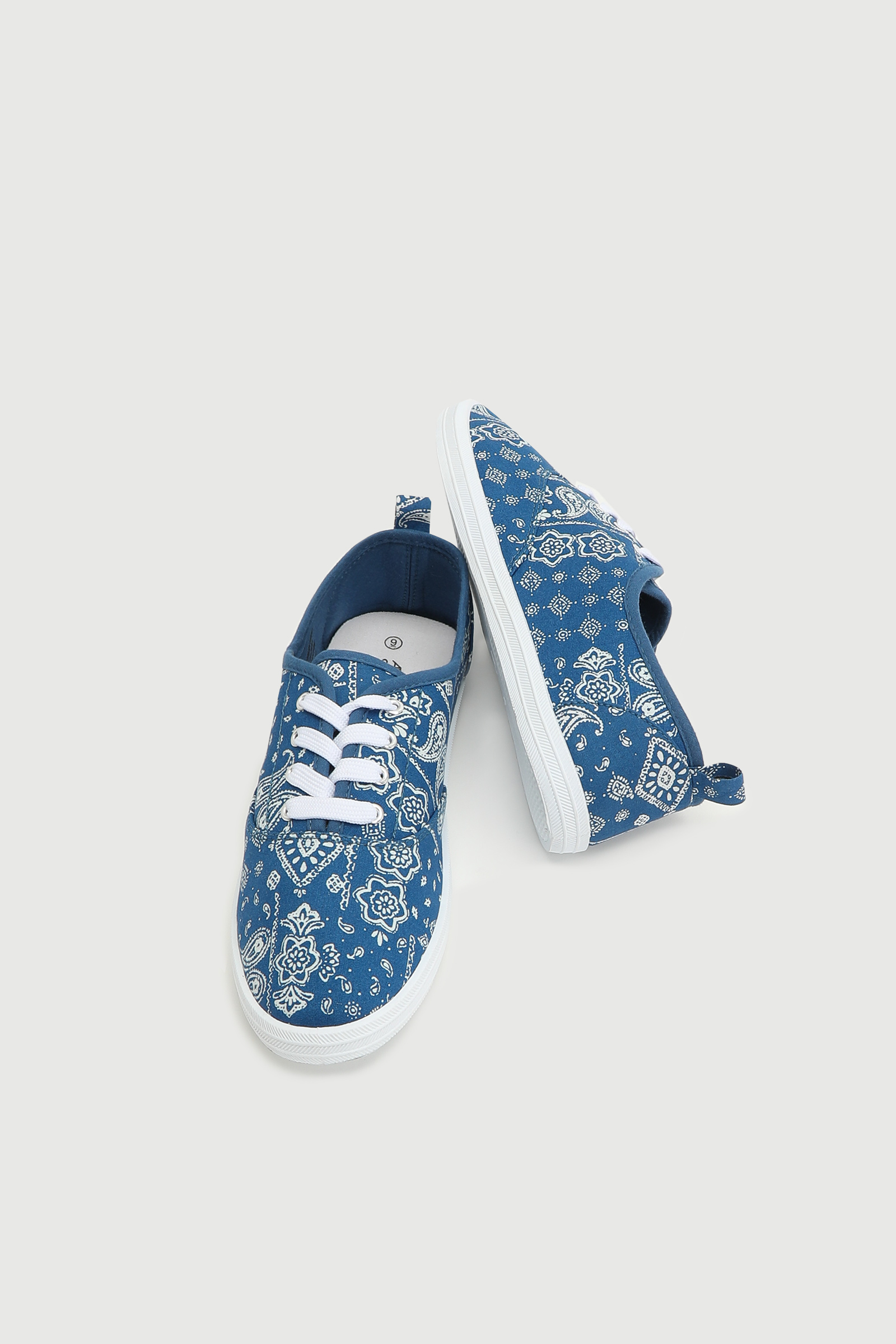 Pailsey Sneakers