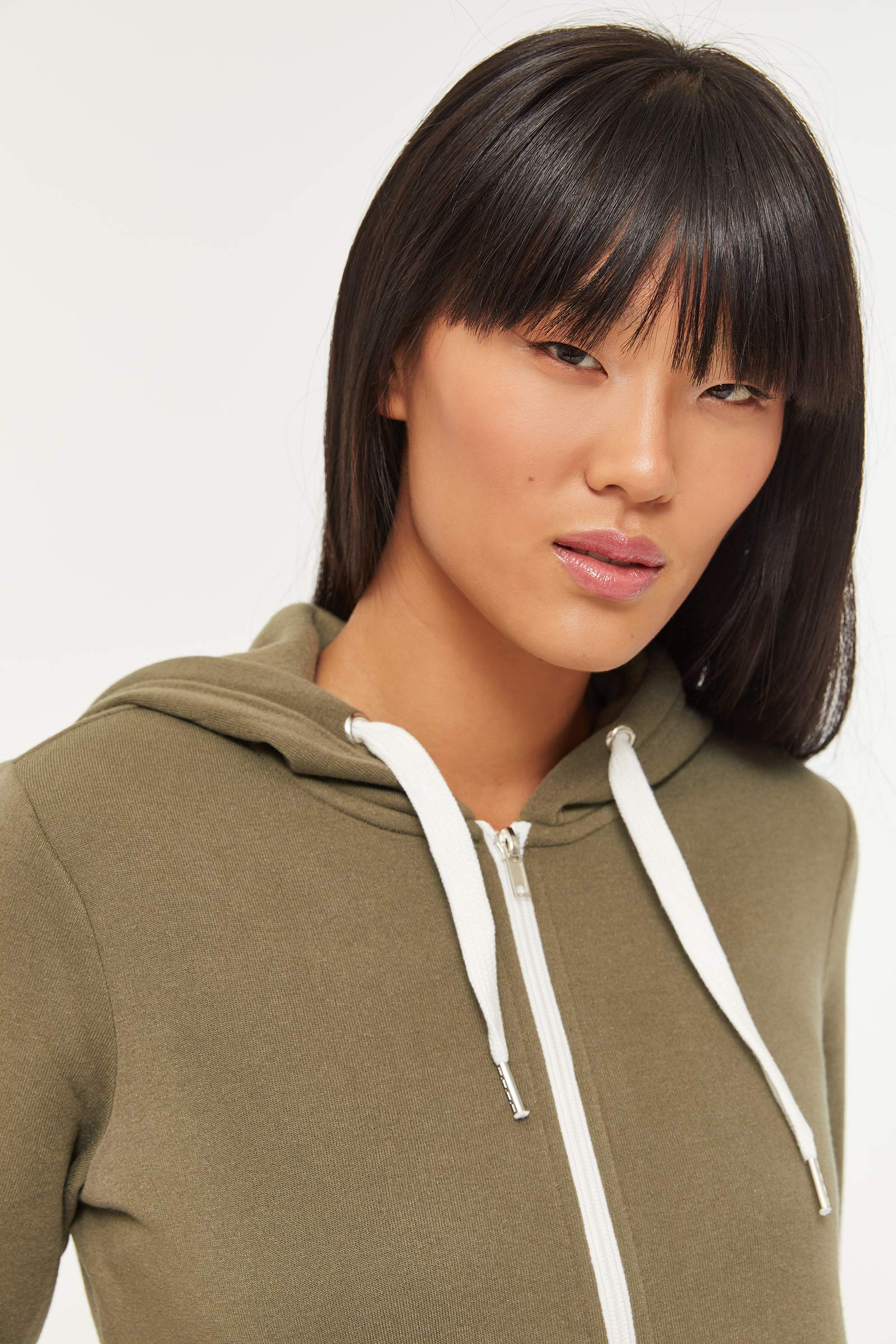 Basic Zipped Hoodie