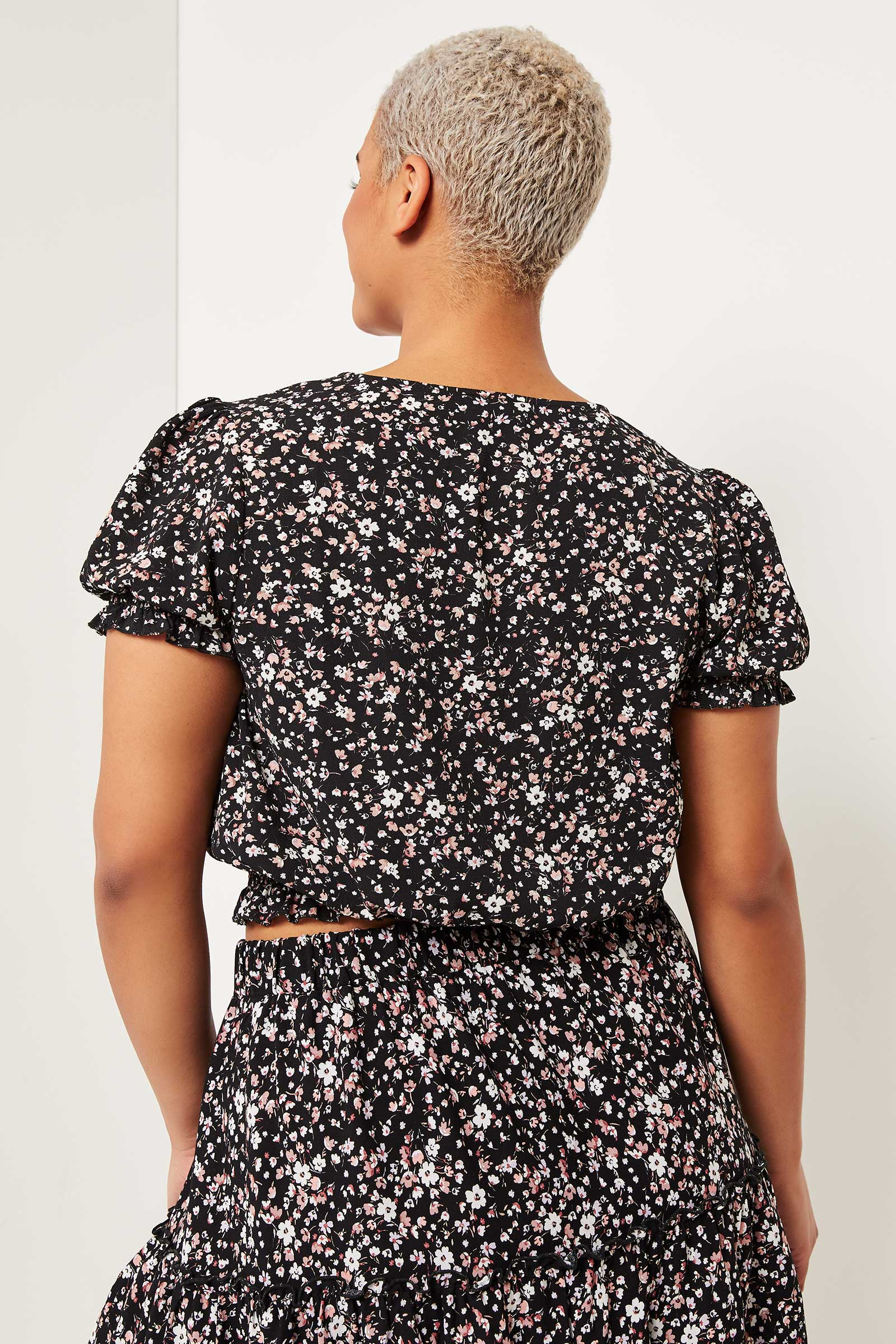 Plus Size Puff Sleeve Floral Top