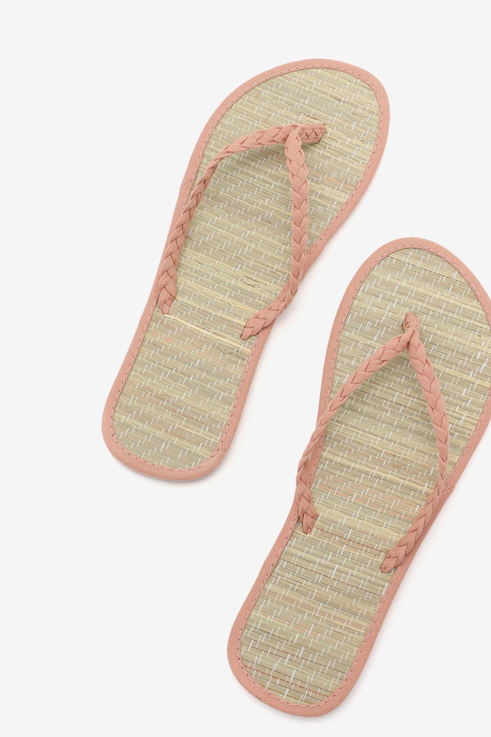 Tatami Straw Flip-Flops