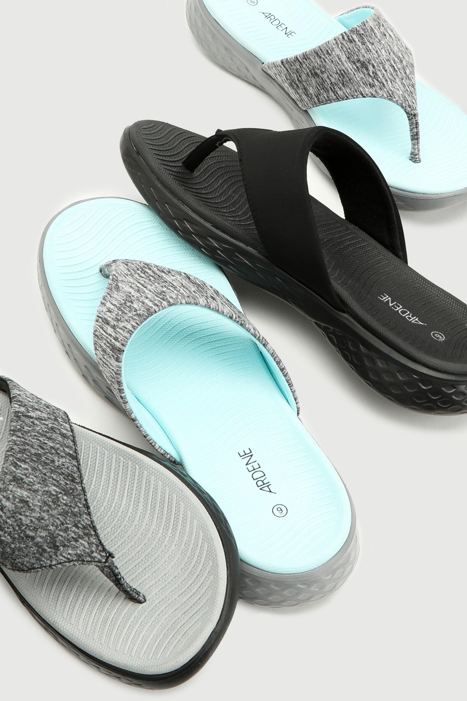 Sporty Flip-Flops