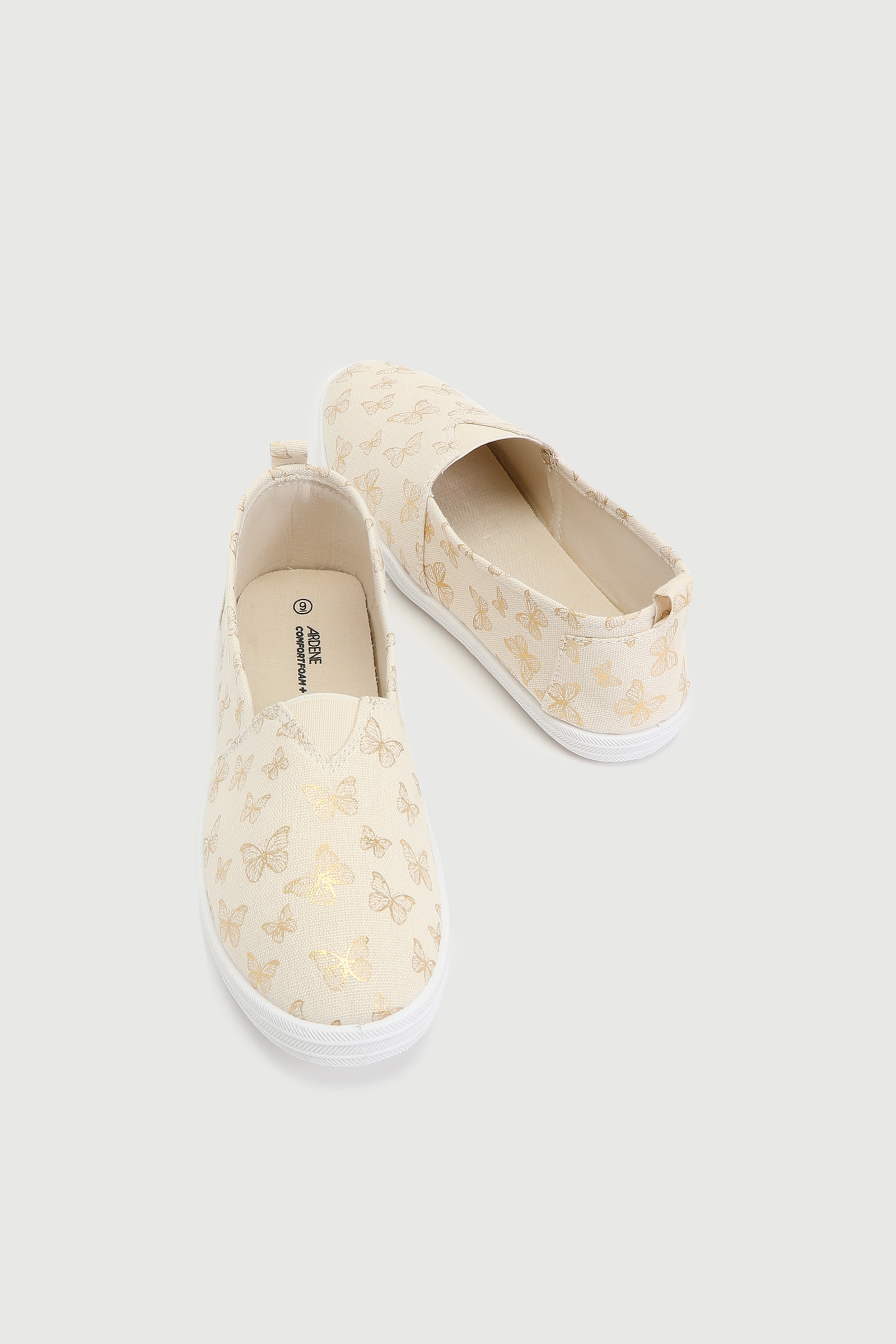 Basic Butterfly Slip-On Sneakers