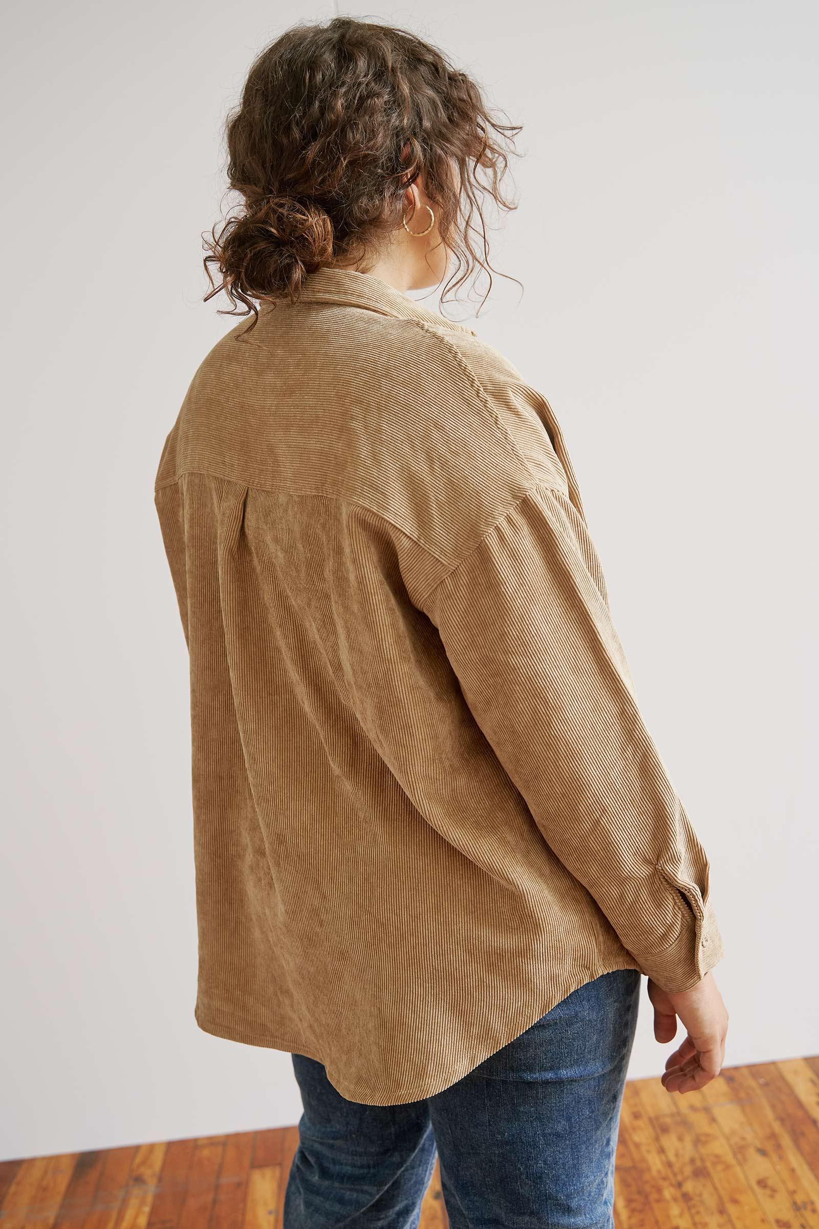 Chemise ample en velours côtelé