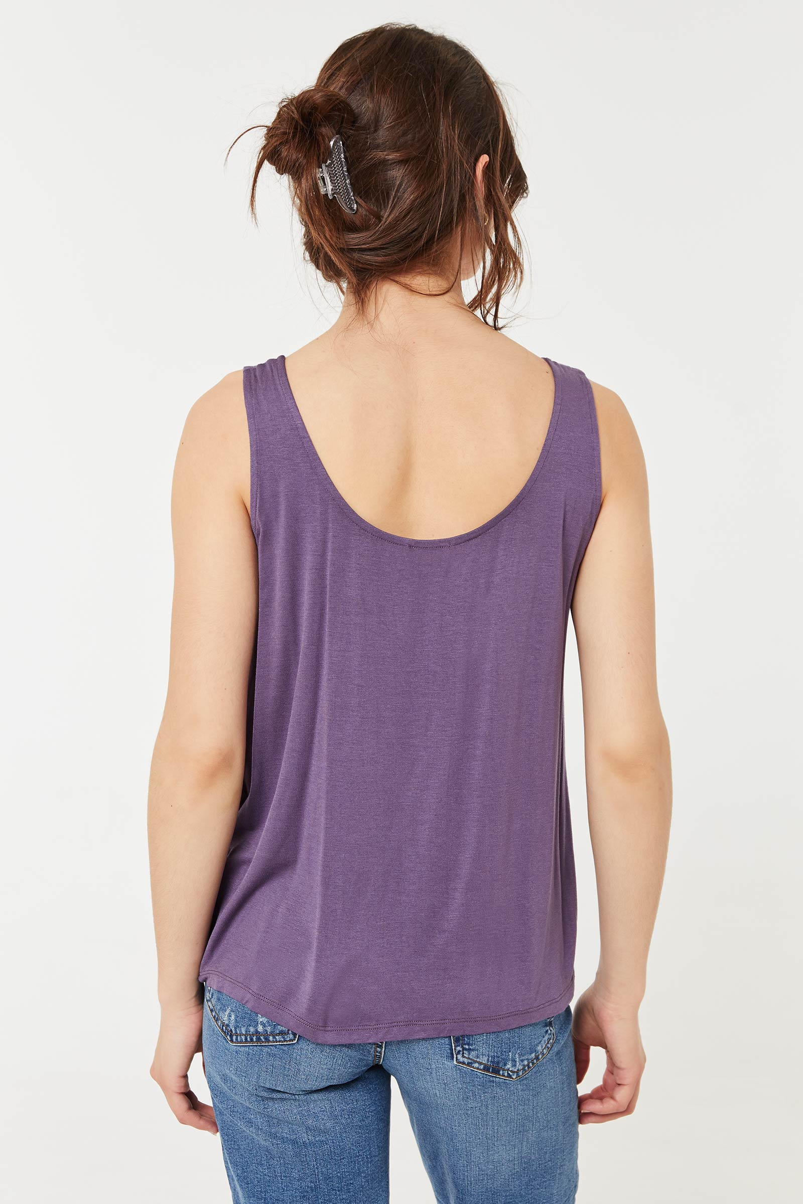 Loose Twisted Tank Top